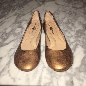 Born Shoes gold flats